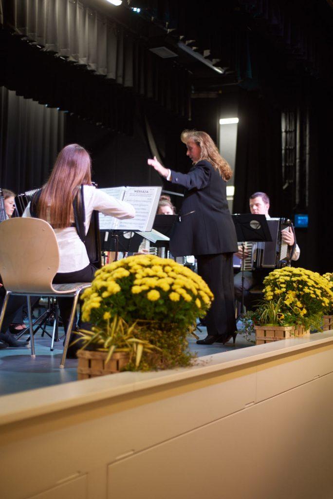 Dirigentin: Michaela Neufahrt